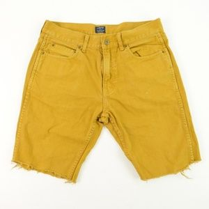 J Crew Sutton 32x32 Shorts Casual Yellow Cropped